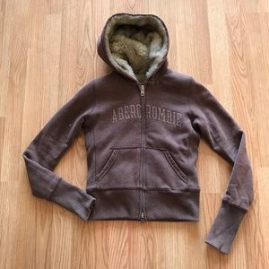 Abercrombie Faux Fur Zip Up Hoodie Size Medium